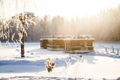 HouseBoat talvi - winter