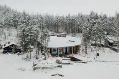 Järvikylpylä Saimaan rannalla.